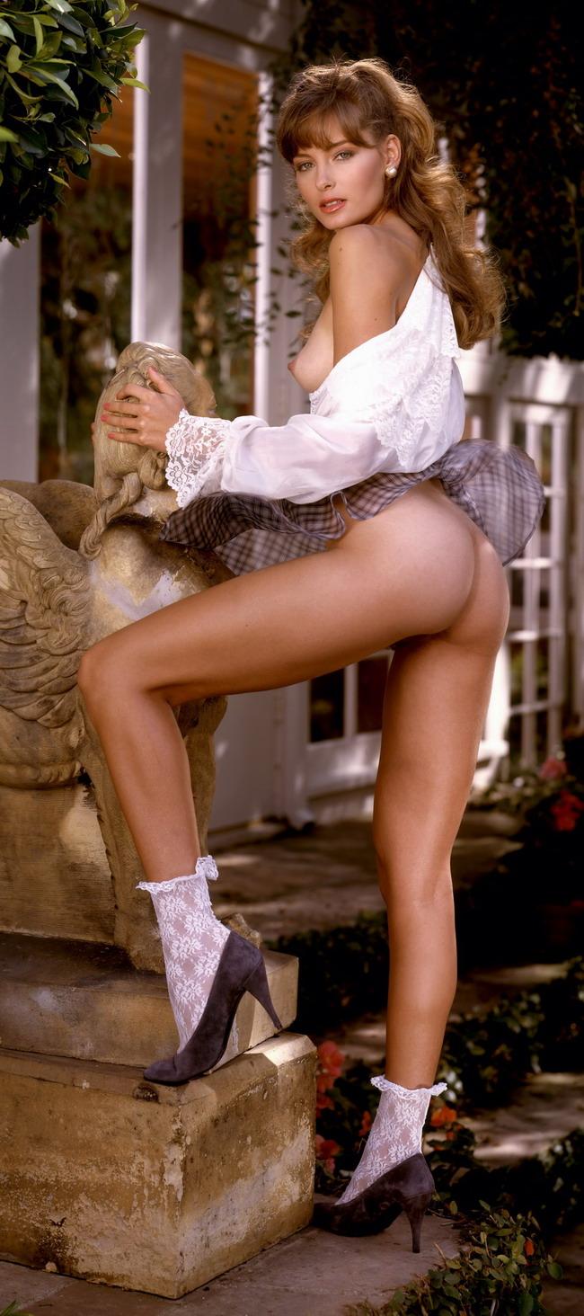 Эротические фото в 1990 годах 20 фотография